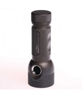 Zebralight SC700d Flashlight